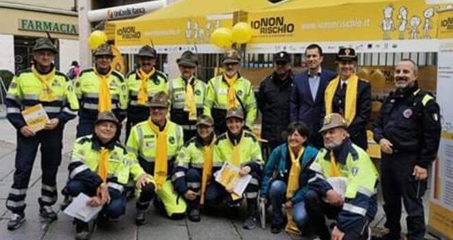 """""""Io non rischio"""": ad Asti distribuito materiale per la prevenzione delle alluvioni Sabato scorso a cura della Protezione Civile dell'ANA"""
